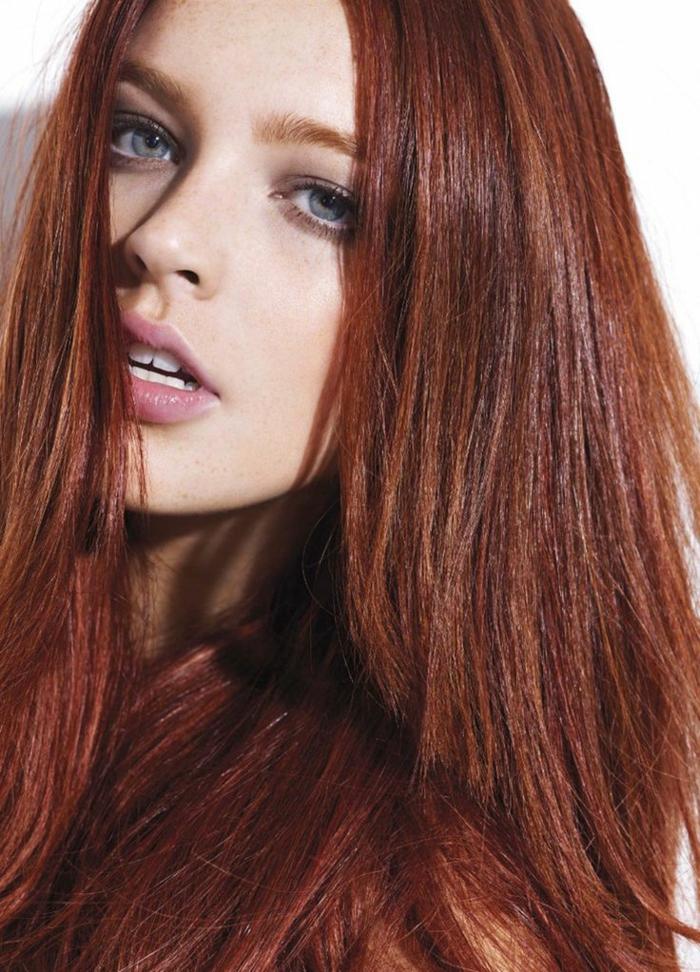 Couleur de cheveux auburn