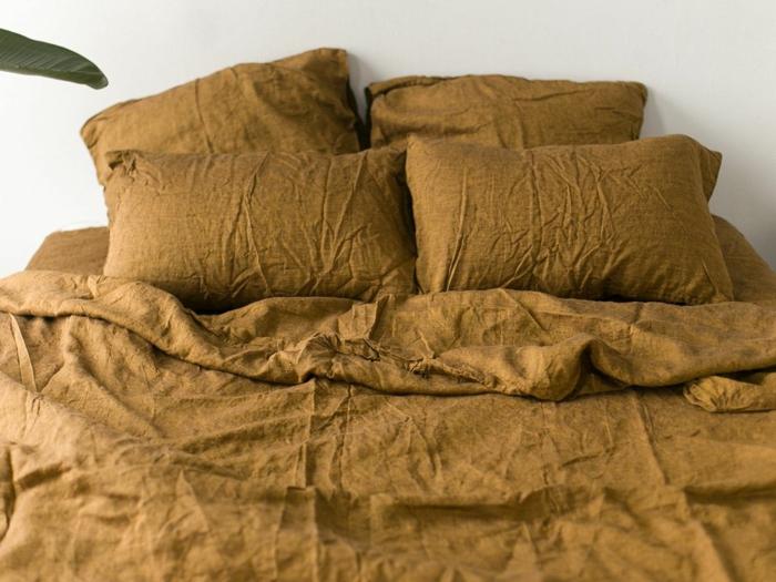 linge de lit couleur bronze