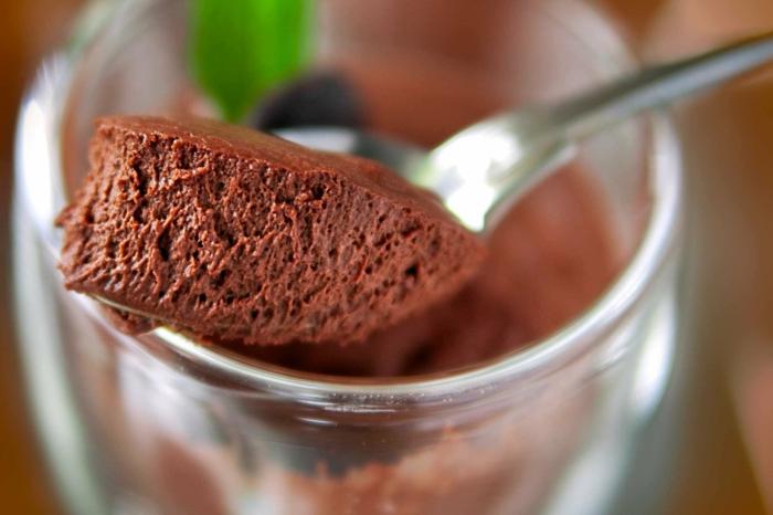 mousse au chocolat à la feve tonka
