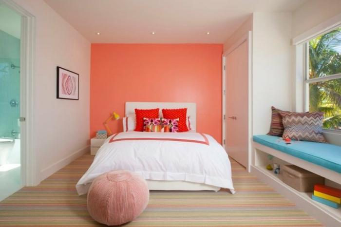 mur peint en couleur corail chambre