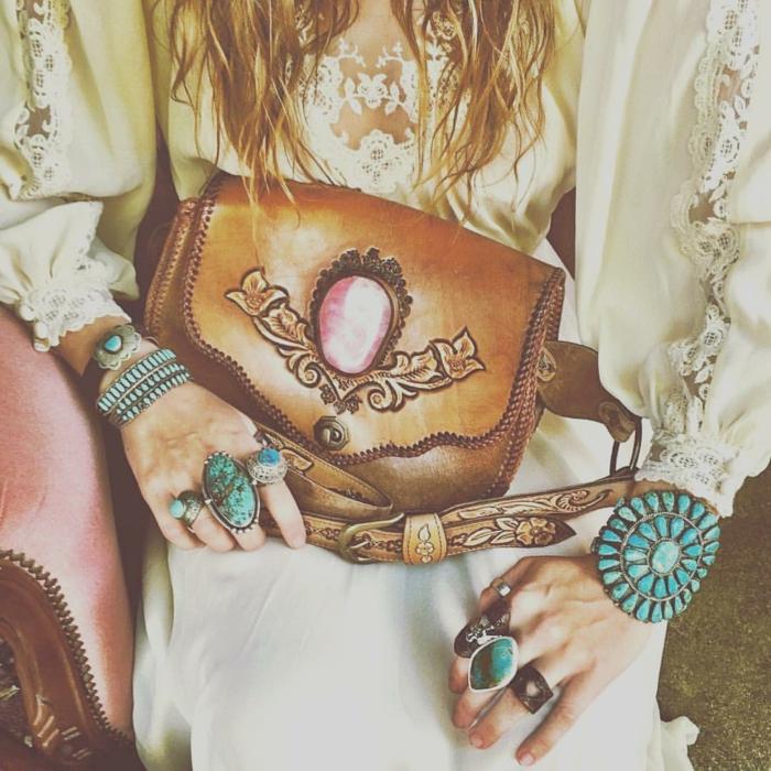 robe longue bohème idées quels bijoux choisir