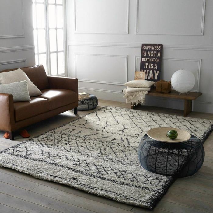 tapis berbère épais couleurs neutres déco salon