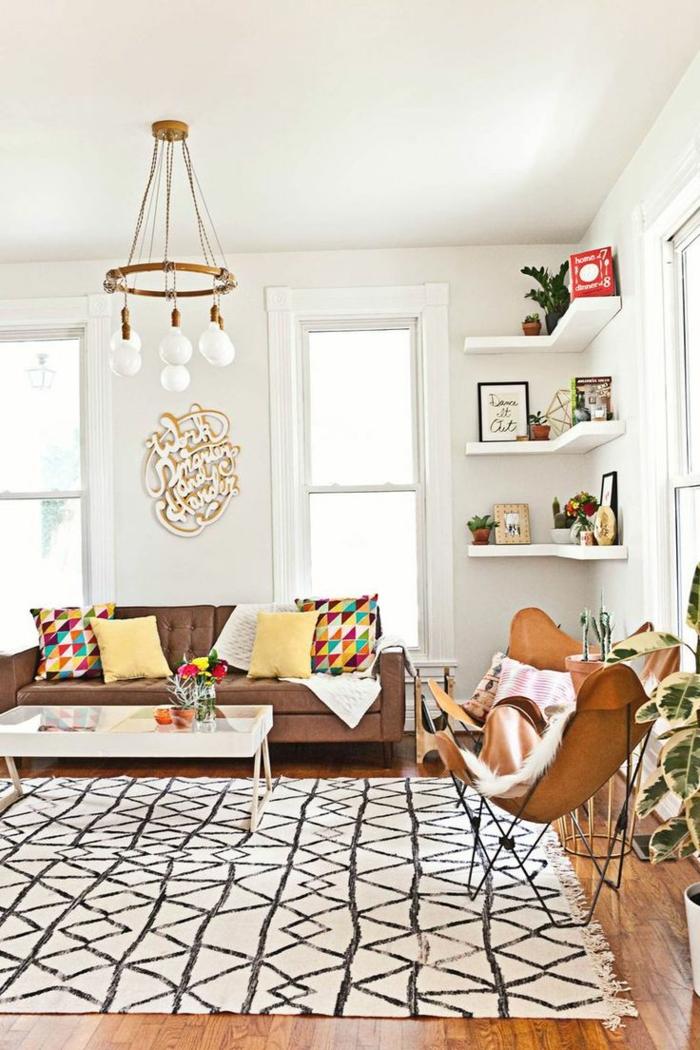 tapis berbère noir et blanc motifs géométriques salon