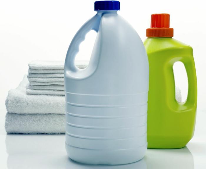utiliser eau de javel concentrée pour décorer vêtements