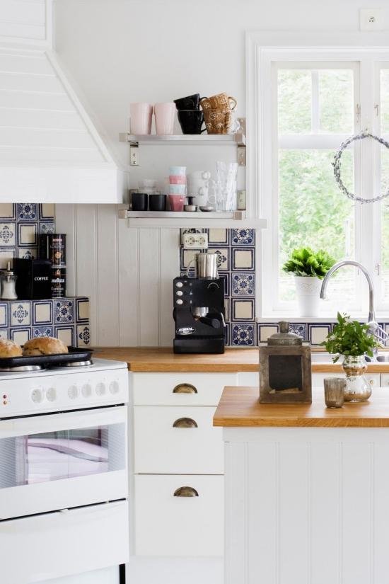Cuisine tendances murs et meubles en blanc
