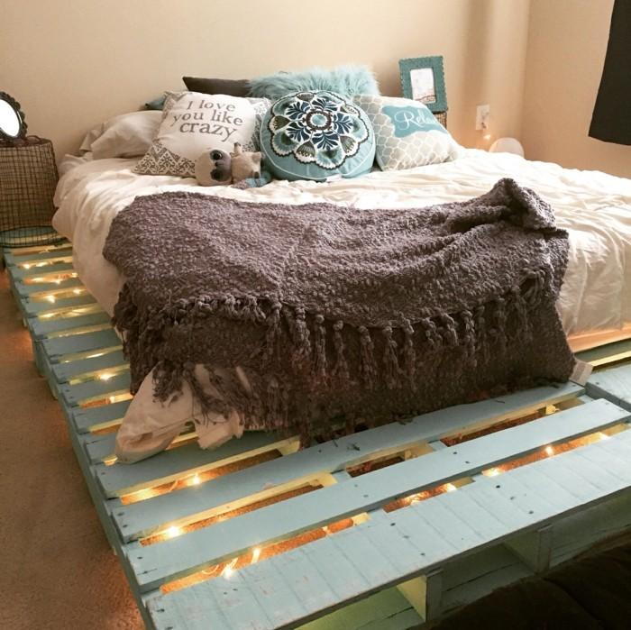 Idées cadres de lit toujours en pallettes