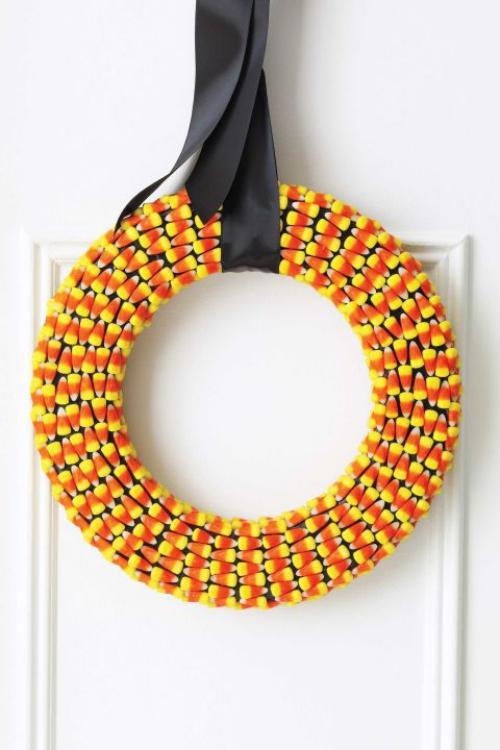 Idées couronnes d'automne grains de maïs jaunes et oranges