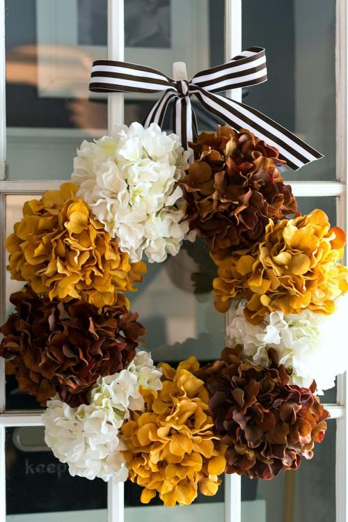 Idées couronnes d'automne grandes fleurs touffues