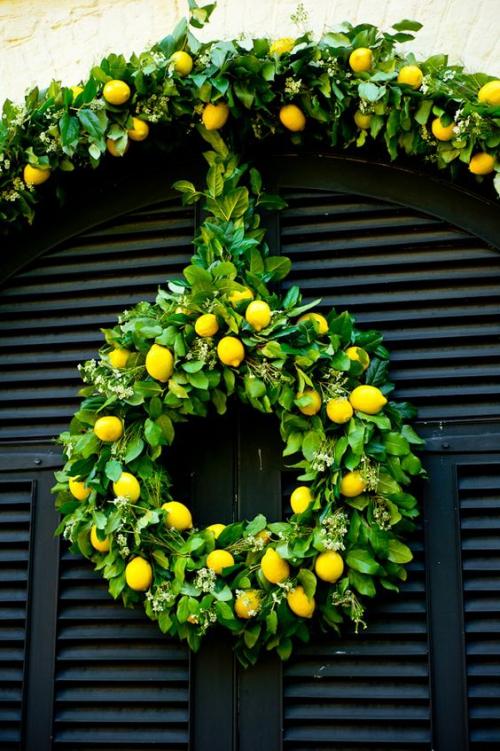 Idées de couronnes d'agrumes porte voûtée ornée