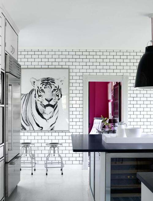 Idées de cuisine moderne chaque saison mur en face en briques blanches