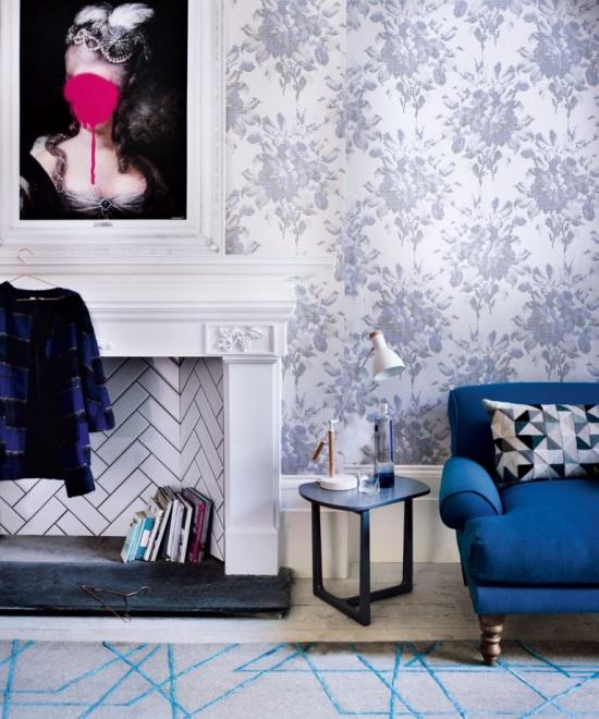 Idées de fond d'écran de salon papier peint aux motifs floraux bleu ciel