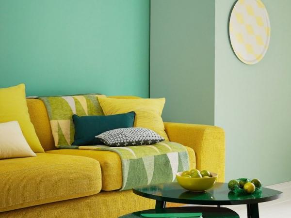 Idées de salon vert deux nuances du vert et mélange avec le jaune