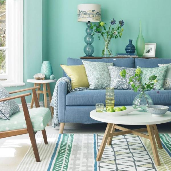 lovely blue green living room | Idées de salon vert - le calme de la nature chez vous