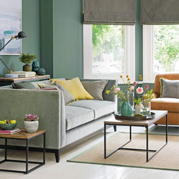 Idées de salon vert mélange entre le vert et le gris