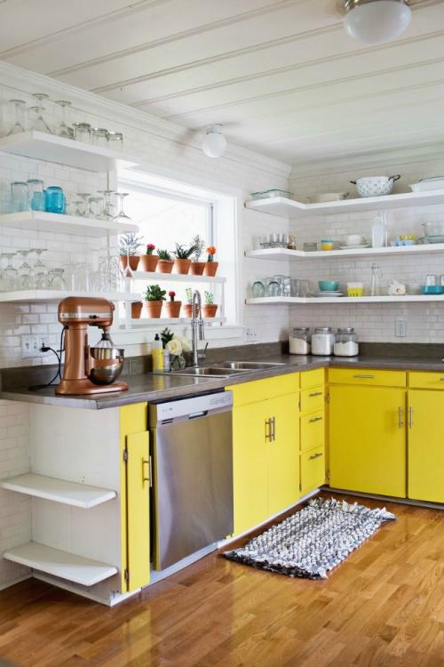 Idées pour armoires de cuisine en couleurs placards en jaune