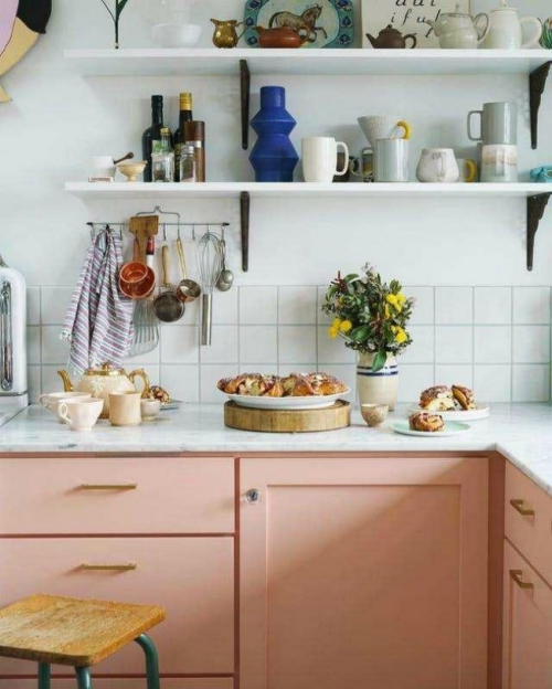 Idées pour armoires de cuisine en couleurs style vintage