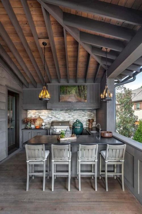 Idées pour cuisine extérieure sur une véranda avec vue sur le jardin