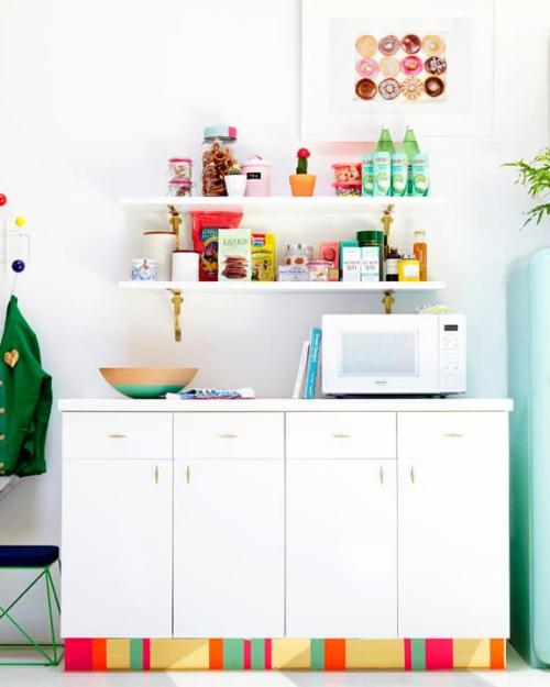 Idées pour petite cuisine simple placard en plusieurs sections