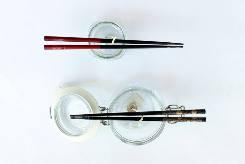 Les bougies fabriquées à la main brochettes ou baguettes pour les mèches