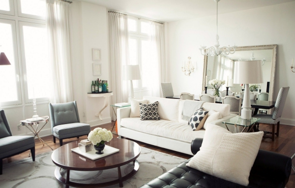 Salon avec salle à manger grand espace luminaires bras