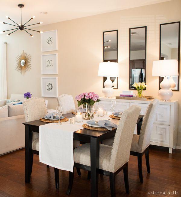 Salon avec salle à manger murs aux tons pastels