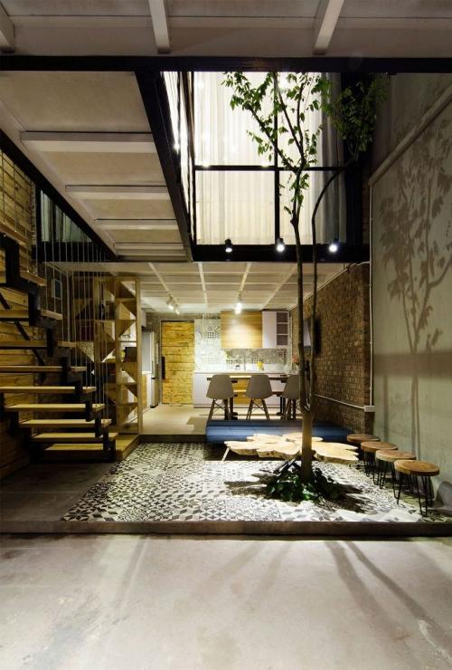 aménagement petit espace grand espace divisé en deux niveaux