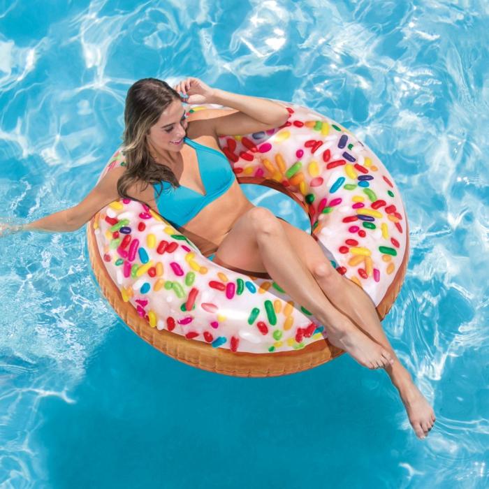 bouée gonflable forme donut
