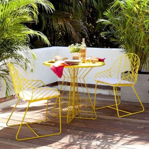 chaises de jardin joli ensemble jaune