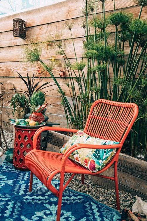 chaises de jardin jolie chaise rouge
