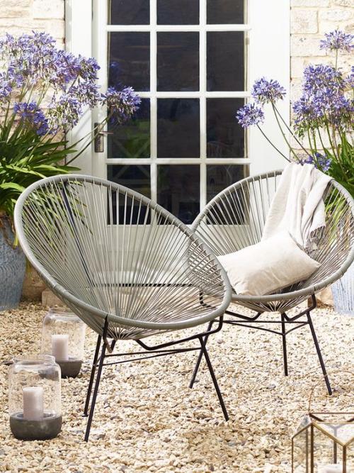 chaises de jardin légers et confortables