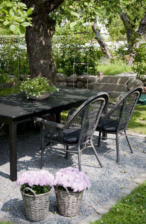 chaises de jardin table et chaises en plastique