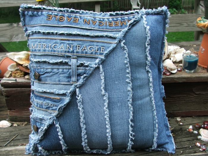 coussin patchwork denim