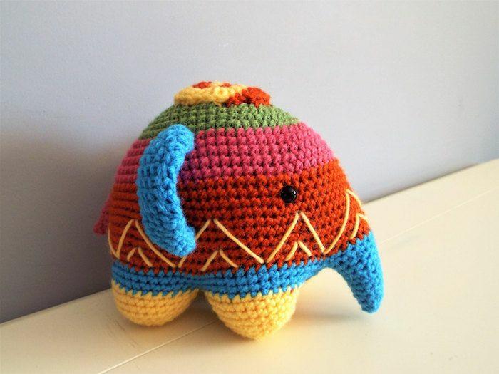 débuter au crochet amigurumi modèle éléphant