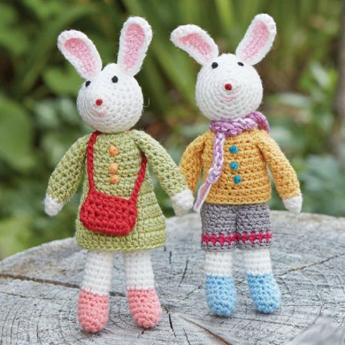 débuter au crochet amigurumi modèle lapin de pâques