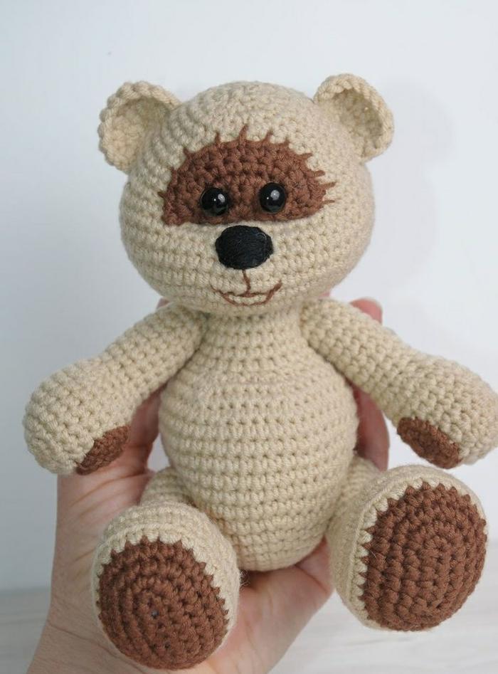 débuter au crochet amigurumi modèle petit ours