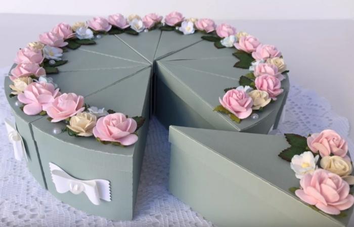 déco avec des fleurs boite dragées