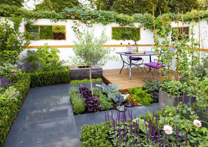 déco petit jardin avec coin repas
