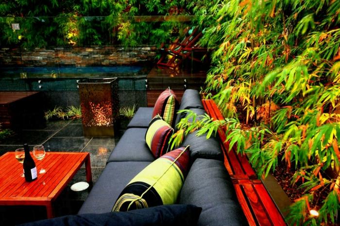 déco petit jardin banc en bois