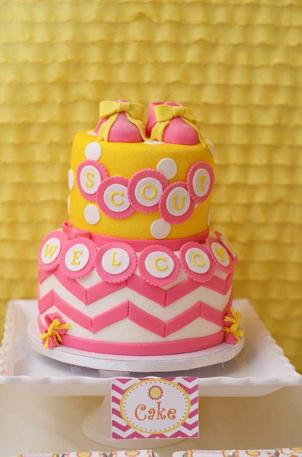 décoration baby shower gâteau fille