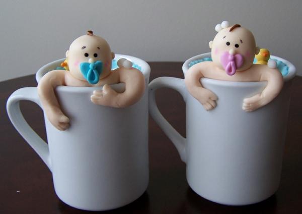 décoration baby shower mug bébé en pâte à sucre