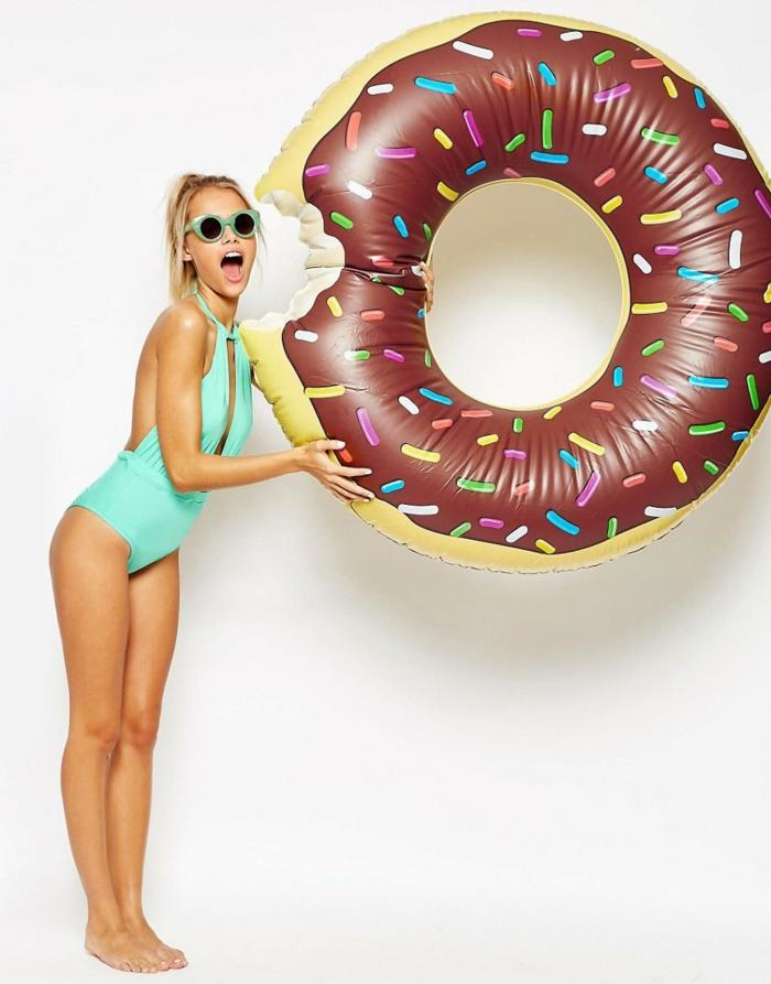 donut bouée gonflable géante