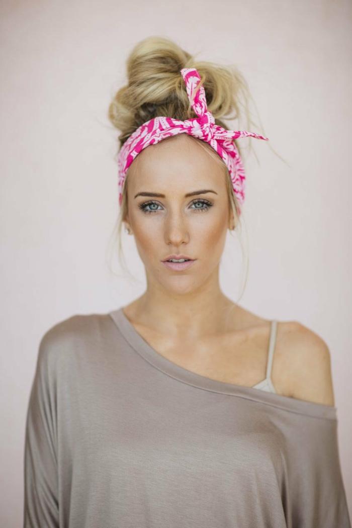 idée look moderne nouer foulard cheveux