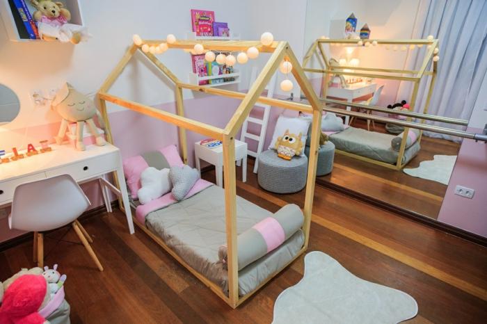 lit cabane montessori chambre enfant avec miroir