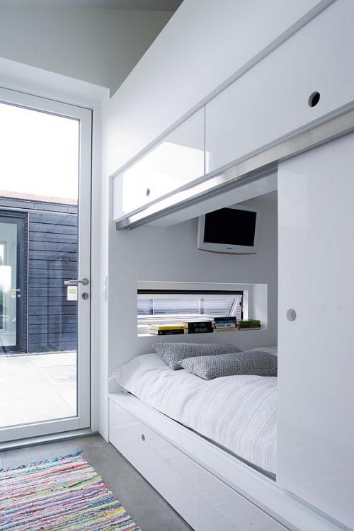 lit pour petit espace grand compartiment pour le lit