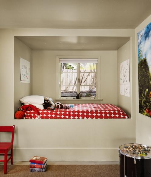 lit pour petit espace un petit alcôve
