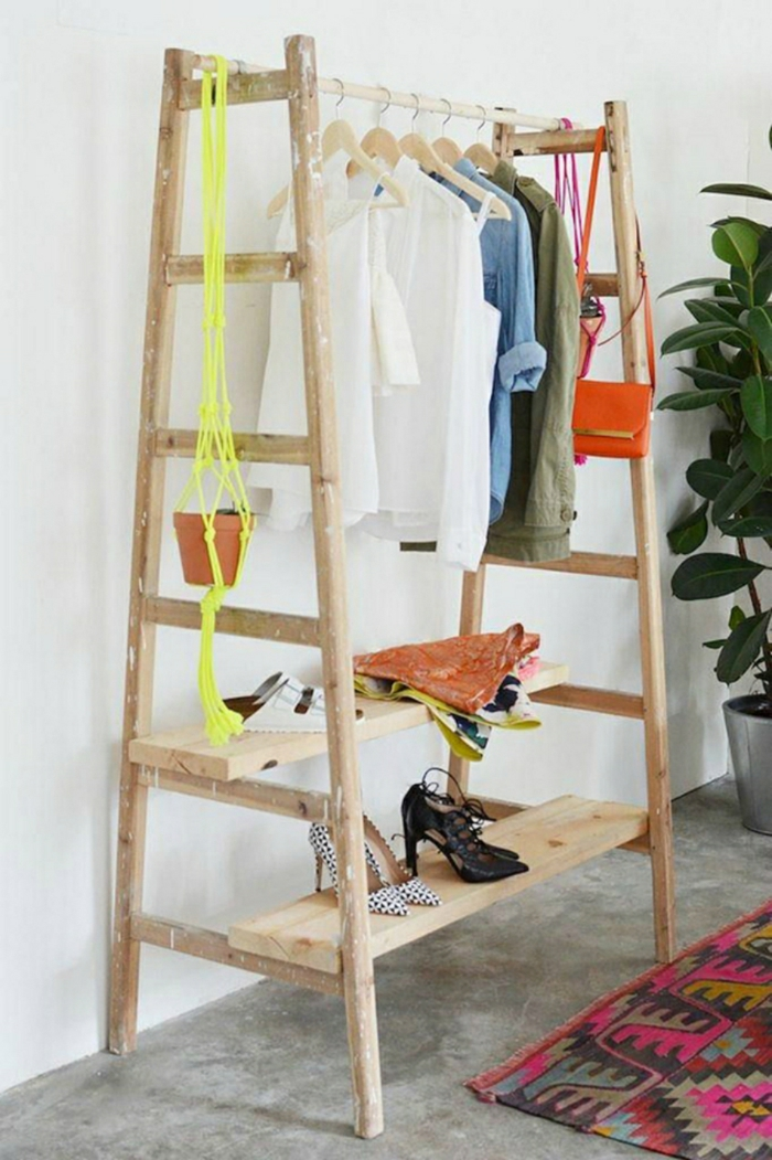 meuble de deux échelles idée avec échelle bois déco