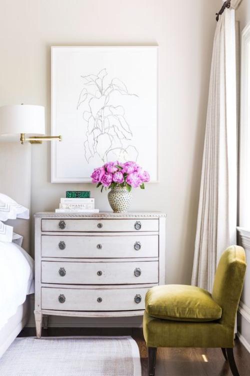 meubles de chambre commode élégante au style shabby chic