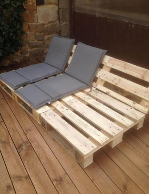 meubles de jardin en palettes canapé inclinable type chaise-longue