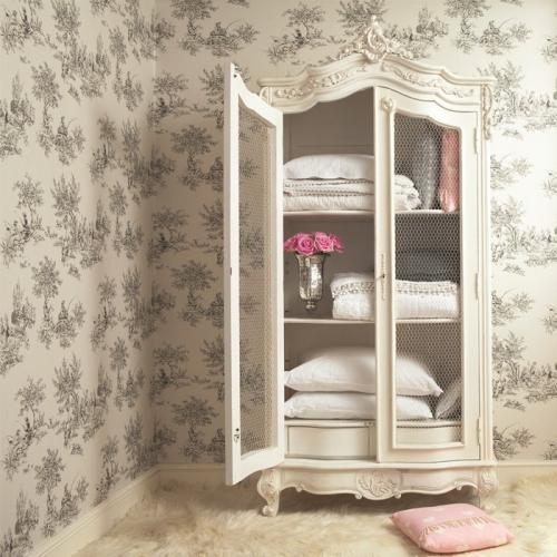 meubles shabby chic en couleur rose