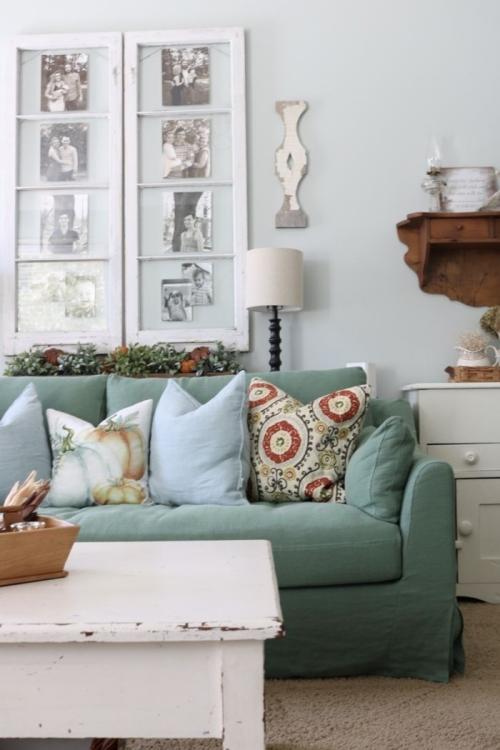 meubles shabby chic mur bleu gris